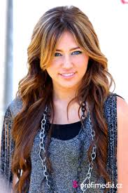 Miley Cyrus Hair Style miley cyrus hairstyle easyhairstyler 1868 by wearticles.com