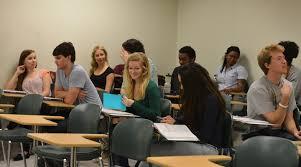 foreign language class ile ilgili görsel sonucu