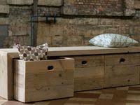 <b>Wooden Storage Bench</b>