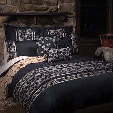 black quilt covers