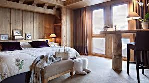 Les Barmes de l'Ours Hotel, Val d'Isere double bedroom