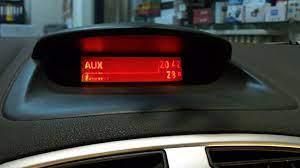 Renault Clio 3 Reno clio 3 Radio Teyp Aux Girişine USB Bluetooth SD Den  Müzik aktarma uygulaması - YouTube