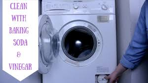 HOW TO CLEAN A WASHING MACHINE || BAKING SODA & VINEGAR