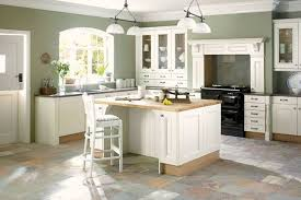 tips on choosing kitchen colors for an