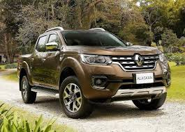 renault oroch 2018. unique 2018 when you create a new pickup alaskan designers of 20182019 renault  repelled by the appearance soplatformennogo brother nissan navara and tried to  inside renault oroch 2018