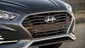 2018 hyundai sonata interior.  2018 gallery 2018 hyundai sonata interior and details april 12 2017 1 of 25 and hyundai sonata
