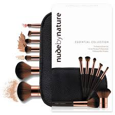 by nature essential collection brush set 1 kit