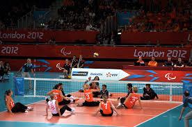 Волейбол сидя Википедия