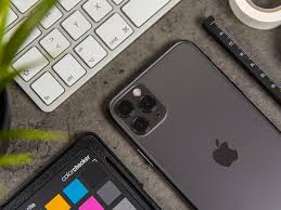 Apple iPhone 11 Pro Max review: more ...