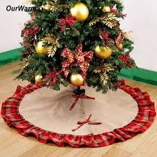 Großhandel Pastoralen Stil Weihnachtsbaum Röcke 48inch Burlap Schwarz Und Rot Karierte Rüschen Rand Christbaumschmuck Für Haus Von Lifehello 1709