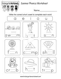 Free printable phonics workbooks, phonics games, worksheet templates, 100s of images for worksheets and more. Free Printable Worksheets On Phonics For Kindergarten Kindergarten Phonics Worksheets Phonics Kindergarten Phonics Worksheets