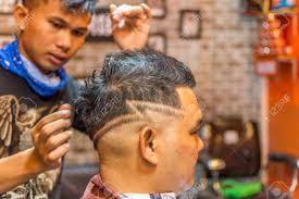 バンコクタイ 2017 年 1 月 14 日 正体不明タイ男理容室散髪理髪店