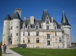 mas de la chapelle interview proprietaire. Château De La Rochefoucauld ~ Charente France Mas Chapelle Interview Proprietaire E