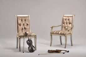 Klassischer Stuhl In Buche Verschiedene Farben Für Das
