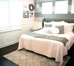 Delightful Black White And Gold Wall Decor Decorating Bedroom Rose ...