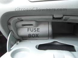 citroen c3 c3 fuse box locations help and advice fusebox location citroen c3 fusebox in glovebox jpg