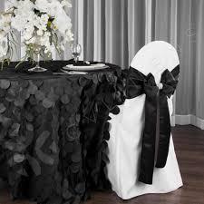 petal circle taffeta 132 round tablecloth black