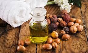 Argan oil: The Moroccan 'liquid gold' for hair and skin | Arab News