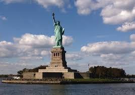 Resultado de imagem para estátua da liberdade nova york
