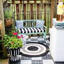 small patio decorating ideas that make