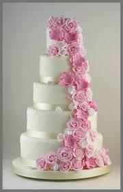 wedding flowers wedding cake pink flowers