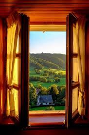 Resultado de imagen de abrir la ventana