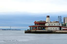 The Chart House Seafood Restaurant Verrazano Bridge At S