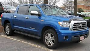 File:Toyota Tundra Crew Max Limited.jpg - Wikimedia Commons