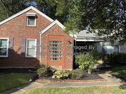847 N Florissant Rd - Ferguson, MO | Apartment Finder
