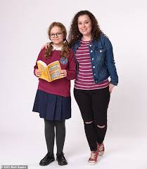 My mum tracy beaker is a british children's television miniseries that premiered on cbbc and bbc iplayer on 12 february 2021. Dani Harmer Returns To Tracy Beaker In New Spoiler Daily Mail Online