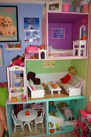 Friday Favorites - American Girl Doll House Edition