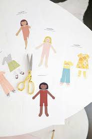 Choose from a male paper doll template, female paper doll template, a paper doll couple, or a whole paper doll chain template. Diy Paper Dolls With Free Printables A Beautiful Mess