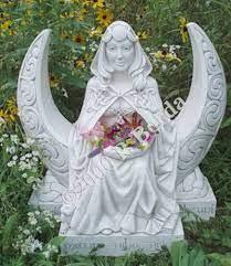 moon dess dess statue garden