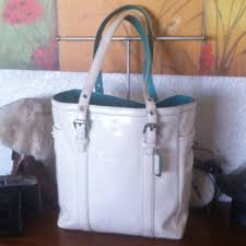 Coach PETITE GALLERY Tote White Pat Leather