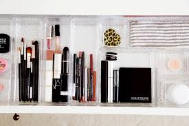 how to edit organize your makeup on the go