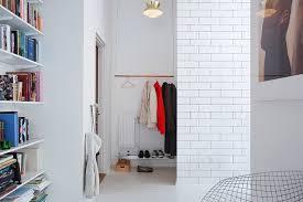 19 Closet Without Doors