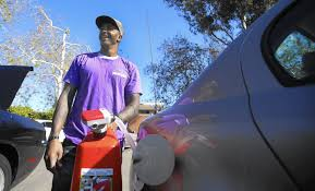 start up app purple fills up gas tanks for time crunched customers