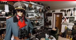 Отставной <b>генерал</b>-майор полиции 17 лет собирает в подвале ...