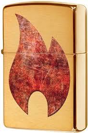 29878 <b>Зажигалка Zippo Rusty Flame</b> Design, Brushed Brass