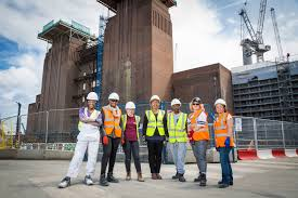 battersea power station and carillion open doors to fuel career from far left members of women into construction lauren hibbert rita rodrigues
