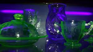 Green Glass That Glows Under Black Light 1930s Depression Uranium Glass Glows In The Dark W Black