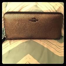 Metallic Leather Accordion Zip Wallet (52338)