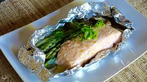 Grilled Salmon in Foil Recipe ...