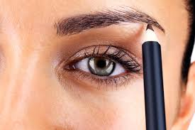 How To Make Light Brown Eyes Pop Eye Makeup Tips 7 Ways To Make Your Eyes Pop Readers Digest