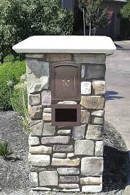 Mailbox For Brick Column Non Locking Mount With Emblem In  Bronze Faux A13