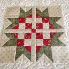 8 Easy Bear Paw Quilt Patterns | FaveQuilts.com & Sweet Scandinavian Star Block - A Twist on the Classic Bear Paw! Adamdwight.com