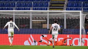 Assisted by gonzalo castro with a cross. Inter 2 2 Borussia Monchengladbach Nerazzurri Player Ratings From Entertaining Draw Ruiksports Com
