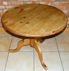 round dining or breakfast table antique style circular pine pedestal table