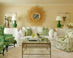 View in gallery Smart use of symmetry to create a snazzy living room in  green [Design: Tobi
