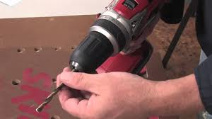 skil 18v drill. how to use a cordless drill from skil power tools 18v